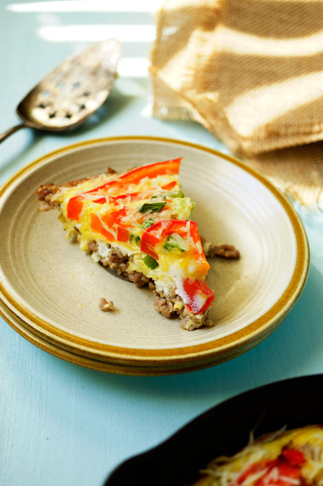 This Oven Baked Ground Turkey and Egg Omelet is what I am needing right now... it has zero carbs, high in protein, load of bell pepper and onion and it is abundant in good taste. Now your breakfast is covered.